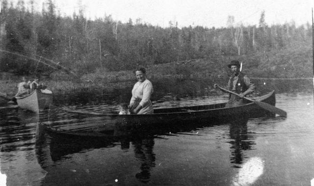 ada-ernie-willis-1919